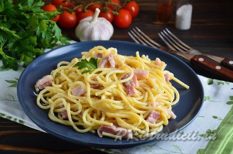 Рецепт пасты карбонара с беконом и сливками