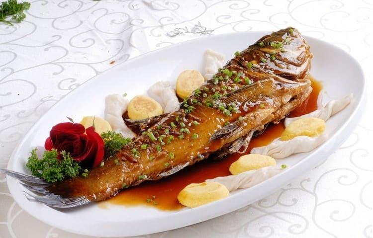 Рыба на Китайский Новый год