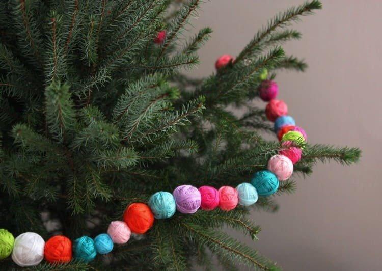 Бусы для украшения елки