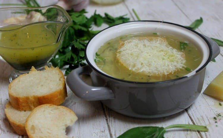 Чесночно-шалфеевый суп